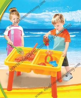 Đồ chơi với cát nhap